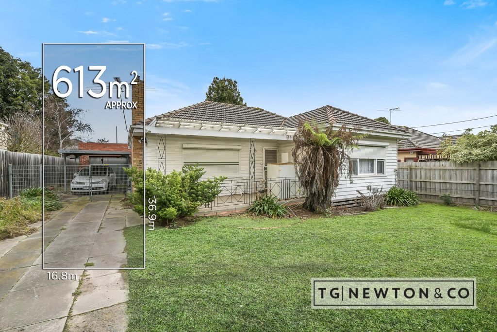 Outstanding Potential in Convenient Location